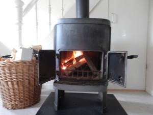 Eldar på för fullt för första natten i värme